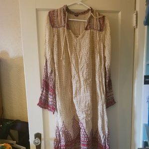 70s vintage dress/cover up. Sheer. Flowy. Pretty